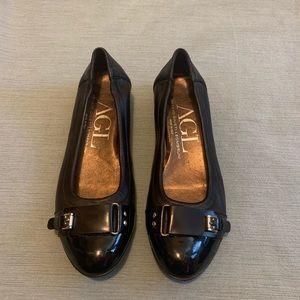 AGL Black Leather Ballet Flat Patent Toe 7.5